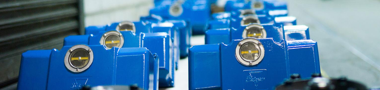 Electro-Hydraulic Actuators - www pleiger-maschinenbau de